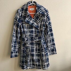 EUC Merona Fully Lined Blue & White Rain Coat
